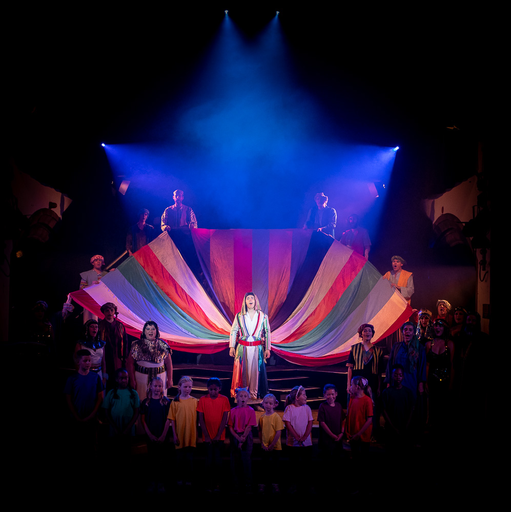 You are currently viewing Joseph and the Amazing Technicolour Dreamcoat